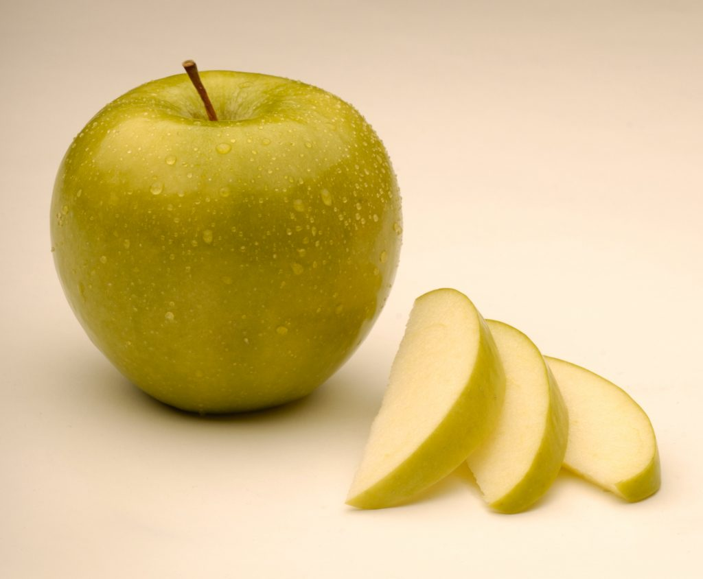 genetically engineered apple